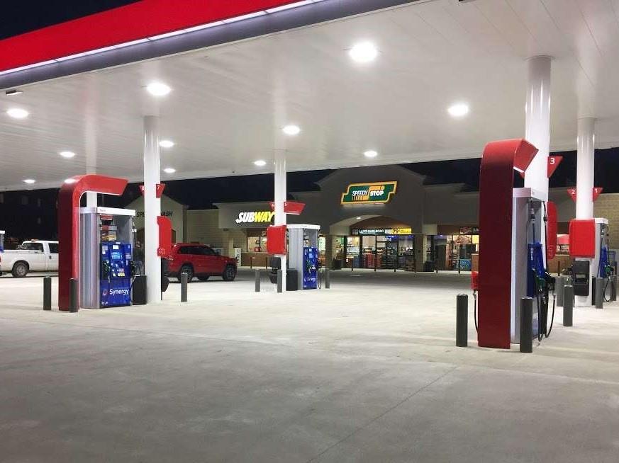 Speedy Stop at Mossy Oak